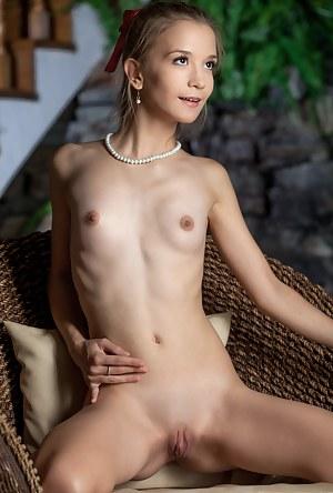 Petite Girls Porn Pictures