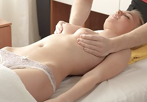 Girls Massage Porn Pictures